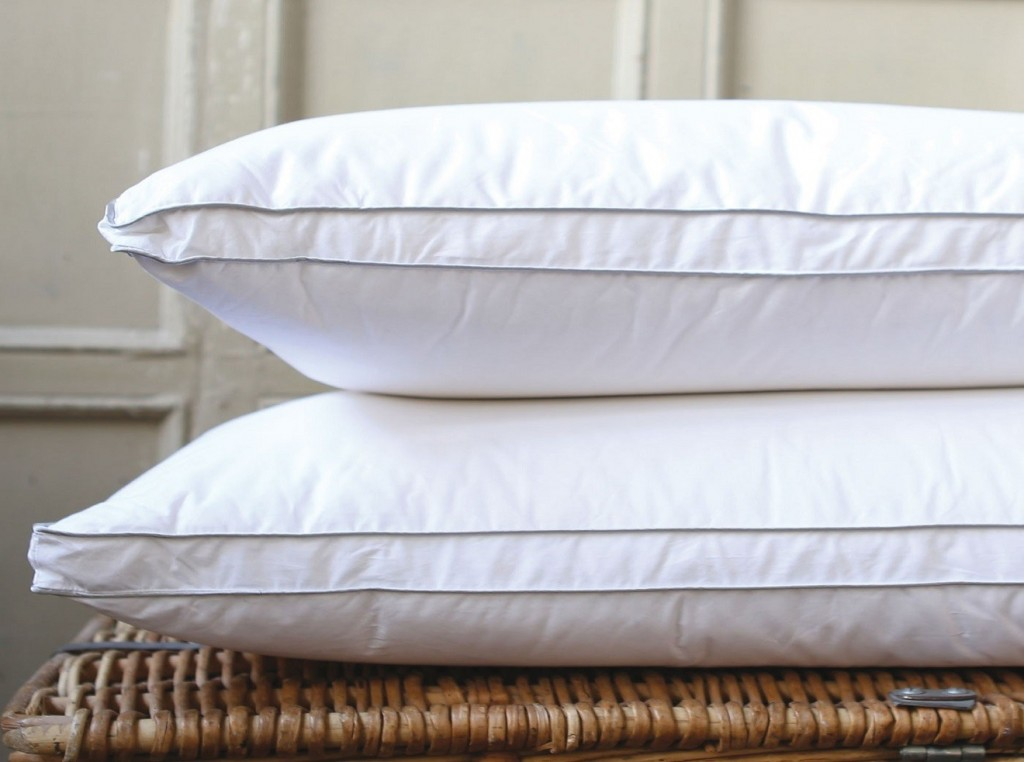 feather-and-down-pillows