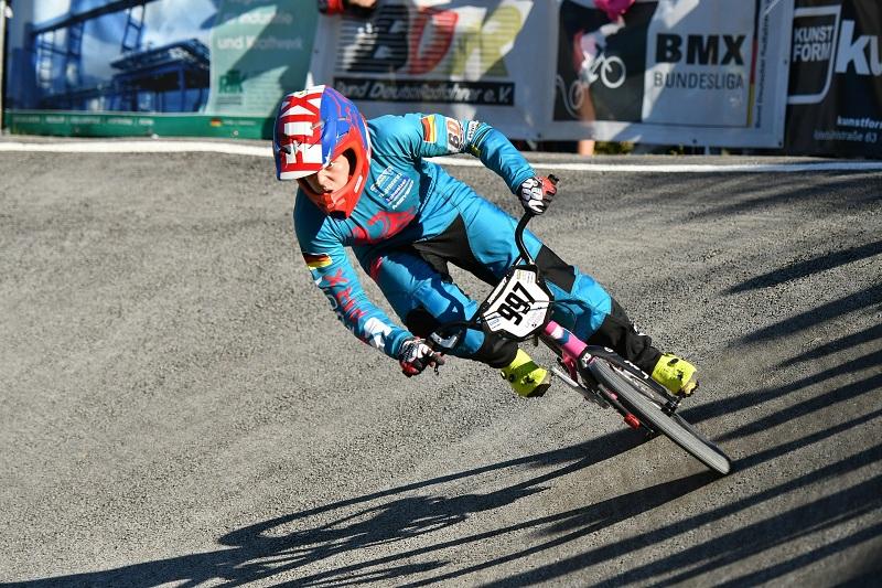 Race BMX
