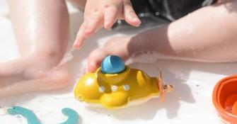 wooden bath toys