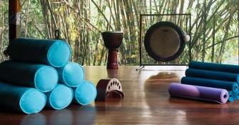 yoga-equipment