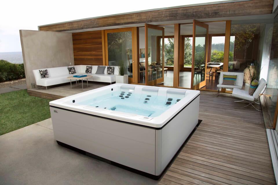 hot tub square