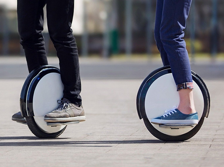 one wheel e-scooter